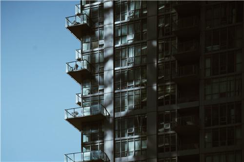 江苏建筑资质公司分立需要注意哪些事项