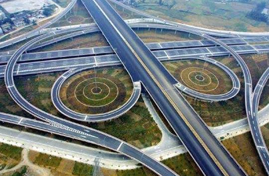 一个公路工程资质维护费用